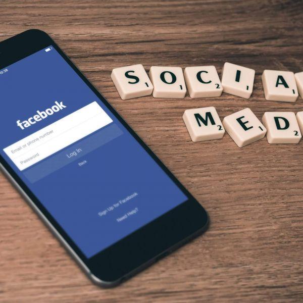 cyberinfidélité média sociaux facebook tinder