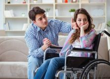 couple fauteuil roulant